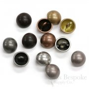 CORVINUS Classic Dome Buttons in Four Colors, Made in Italy