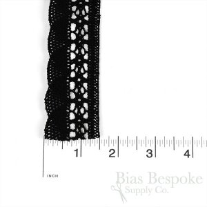 100% Cotton Rigid Lace Trim with Scallop Edging